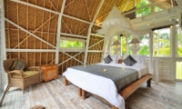 Bedroom with Seating Area - Jendela Di Bali - Gianyar, Bali