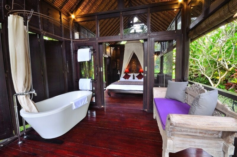 Bedroom with Bathtub - Jendela Di Bali - Gianyar, Bali