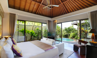 Bedroom with Sofa and TV - Karang Saujana Estate Villa Saujana - Ungasan, Bali