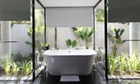 Bathtub - Kayumanis Nusa Dua - Nusa Dua, Bali