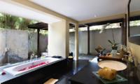 Romantic Bathtub Set Up - Kayumanis Nusa Dua - Nusa Dua, Bali