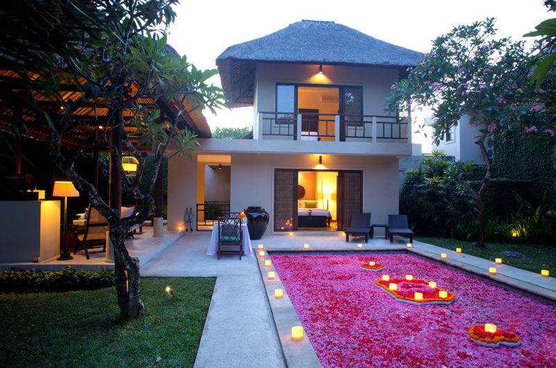 Romantic Dinner by Pool Side - Kayumanis Sanur - Sanur, Bali