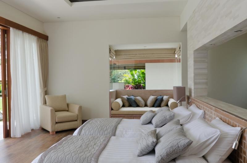 Twin Bedroom with Sofa - Kemala Villa - Canggu, Bali