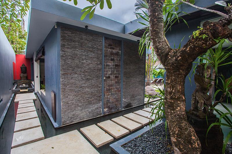 Pathway - Kembali Villas - Seminyak, Bali