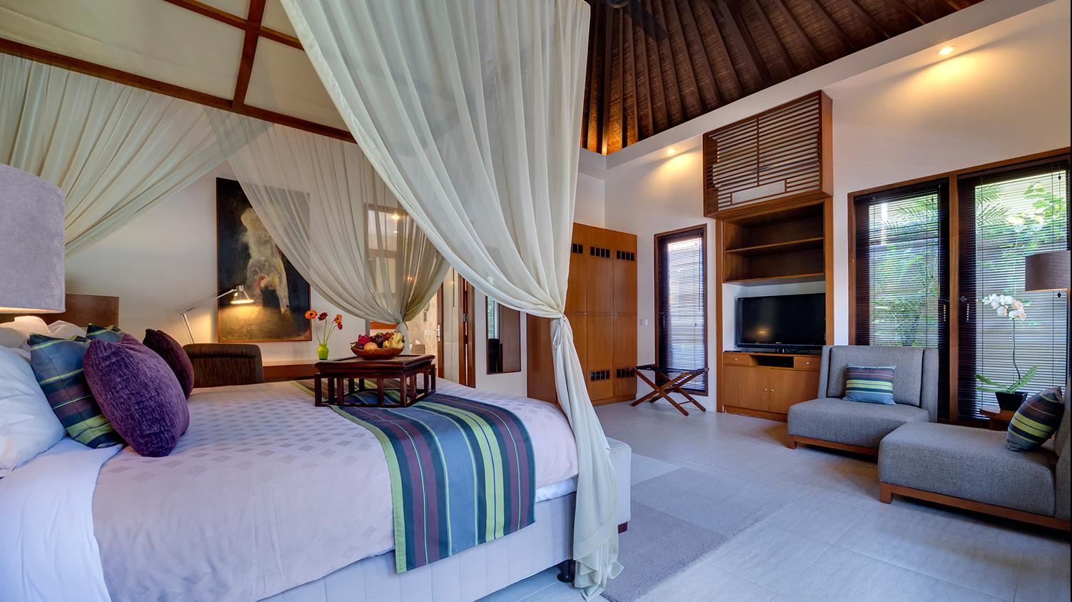 Bedroom with TV - Lakshmi Villas - Seminyak, Bali