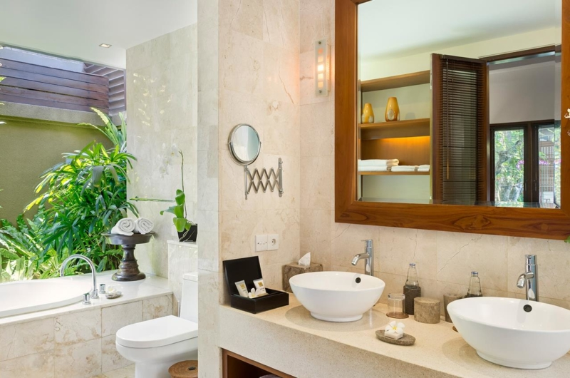 His and Hers Bathroom - Lakshmi Villas - Seminyak, Bali