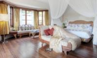 Bedroom with Seating Area - Lataliana Villas - Seminyak, Bali