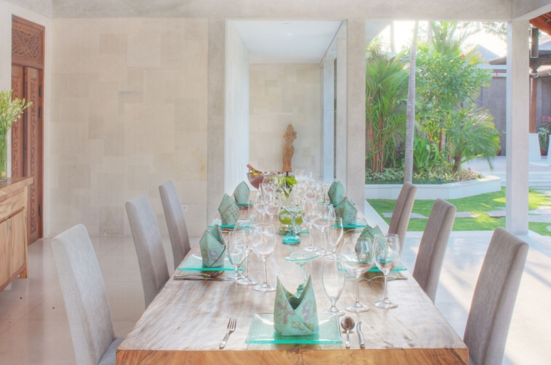 Dining Area with Garden View - Lataliana Villas - Seminyak, Bali