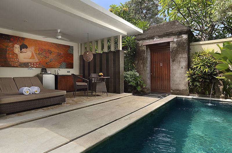 Sun Loungers - Mahagiri Sanur - Sanur, Bali