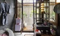 Bathroom - Majapahit Beach Villas - Sanur, Bali