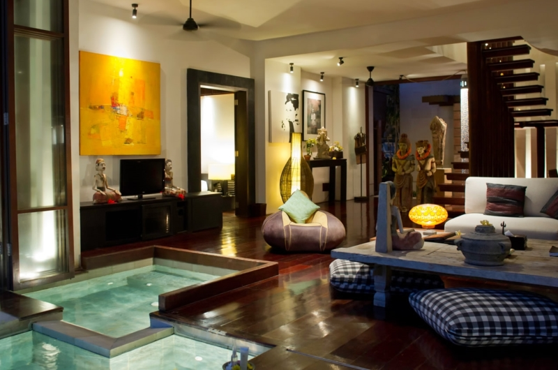 Lounge Area with Jacuzzi - Majapahit Beach Villas - Sanur, Bali