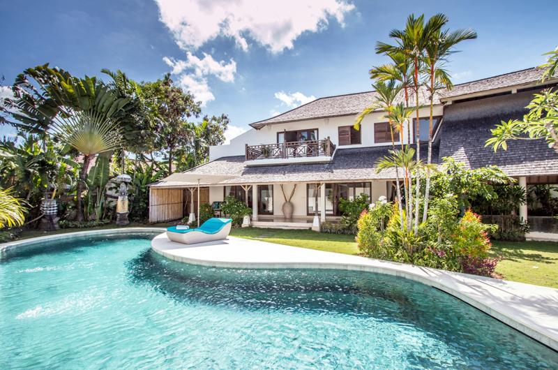 Gardens and Pool - Miu Villa - Seminyak, Bali