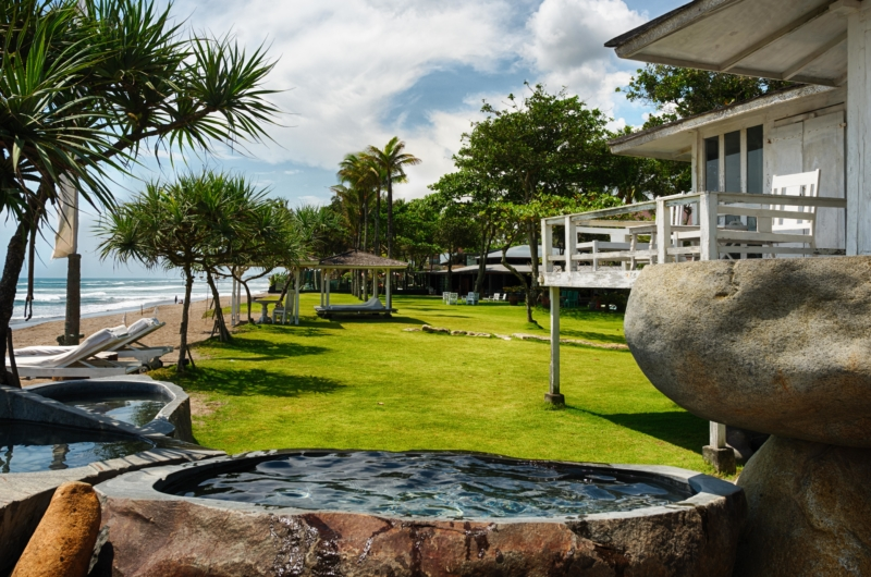 Beachfront View - Morabito Art Villa - Canggu, Bali