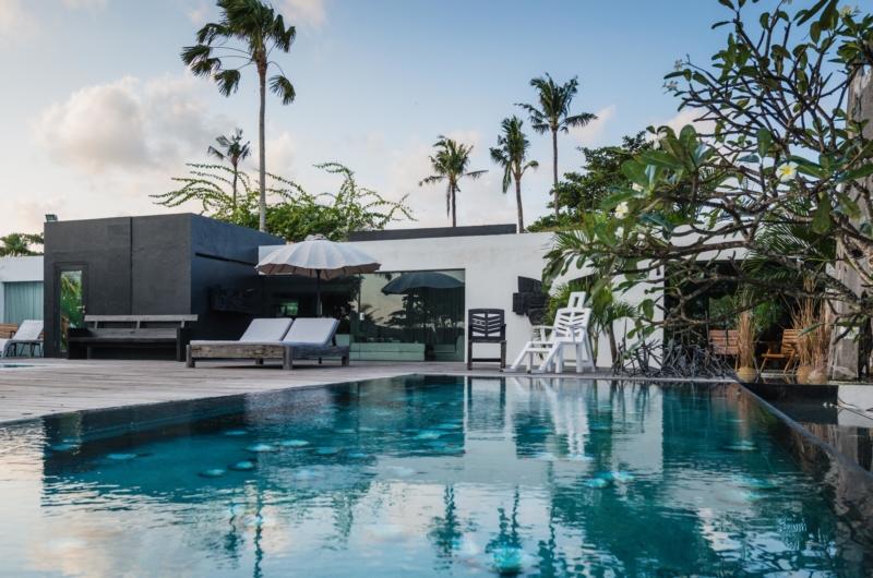 Swimming Pool - Morabito Art Villa - Canggu, Bali