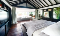 Bedroom with Seating Area - Morabito Art Villa - Canggu, Bali