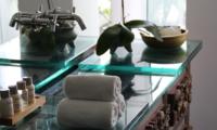 Bathroom - Morabito Art Villa - Canggu, Bali