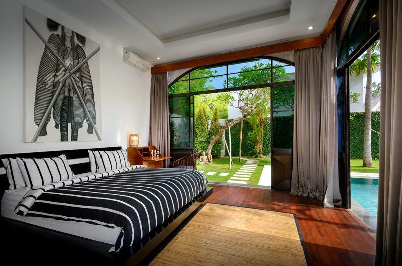 Bedroom with Garden View - Niconico Mansion - Seminyak, Bali