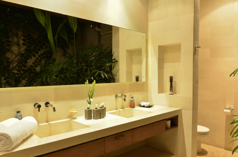 His and Hers Bathroom with Mirror - Nyaman Villas - Seminyak, Bali