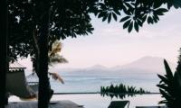Pool Side - Opera Villa - Nusa Lembongan, Bali