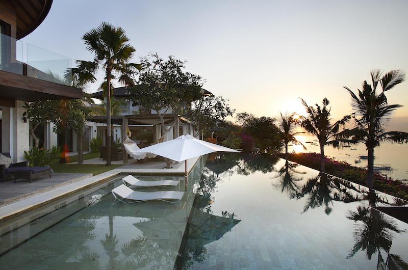 Loungers in Pool - Opera Villa - Nusa Lembongan, Bali
