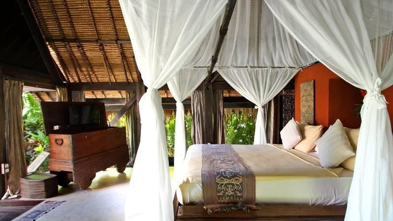 Bedroom with TV - Own Villa - Umalas, Bali