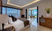 Bedroom and Balcony - Pandawa Cliff Estate - Ungasan, Bali