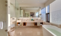 His and Hers Bathroom with Mirror - Pandawa Cliff Estate - Ungasan, Bali