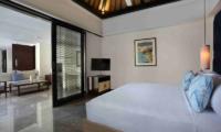 Bedroom with Lamps and TV - Peppers Seminyak - Seminyak, Bali