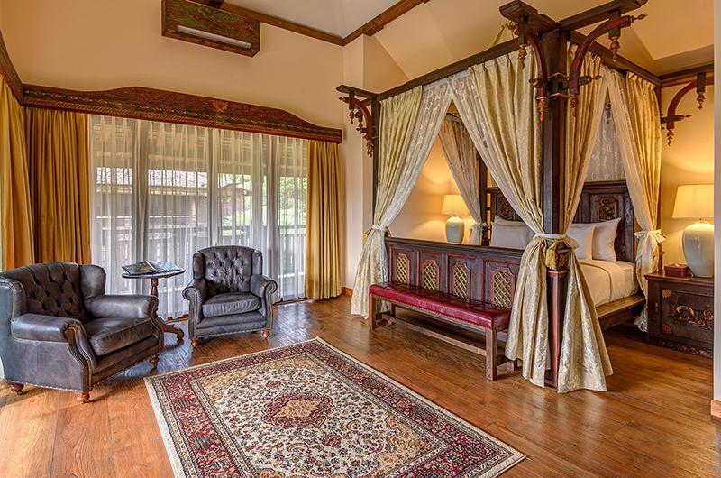 Bedroom with Seating Area - Permata Ayung Garuda Wing Room - Ubud, Bali