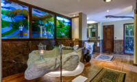 En-Suite Bathroom - Permata Ayung Royal Winongpati - Ubud, Bali