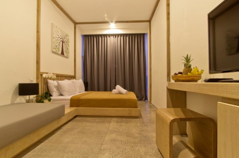 Spacious Bedroom with TV - Piccolo Paradiso - Jimbaran, Bali