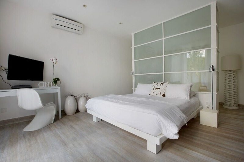 Bedroom with TV - Pure Villa Bali - Canggu, Bali