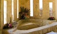 Bathtub - Rumah Bali - Seminyak, Bali