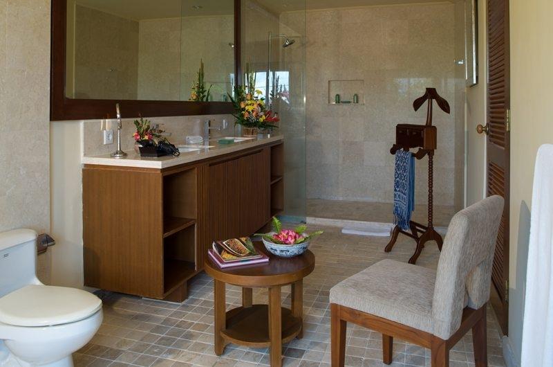 Bathroom with Mirror - Rumah Bali - Seminyak, Bali