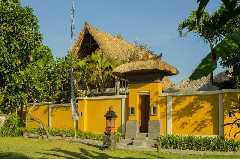 Entrance - Rumah Bali - Seminyak, Bali