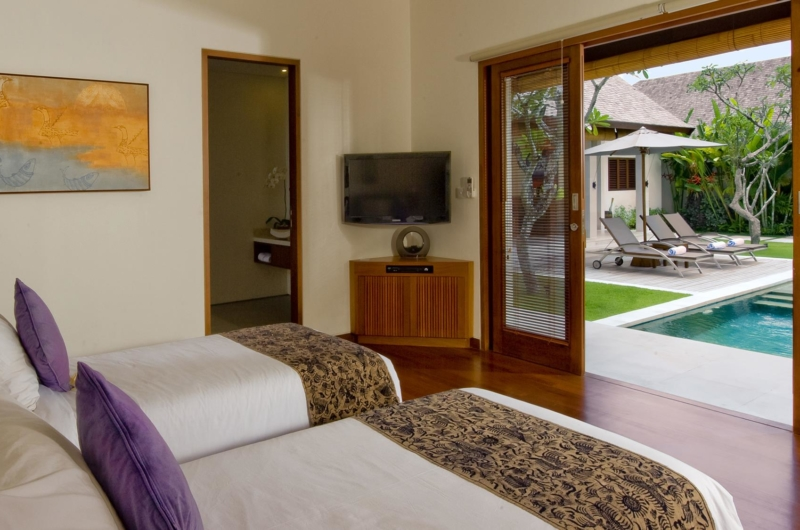 Twin Bedroom with Pool View - Saba Villas Bali - Canggu, Bali