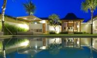 Pool Bale - Sahana Villas - Seminyak, Bali