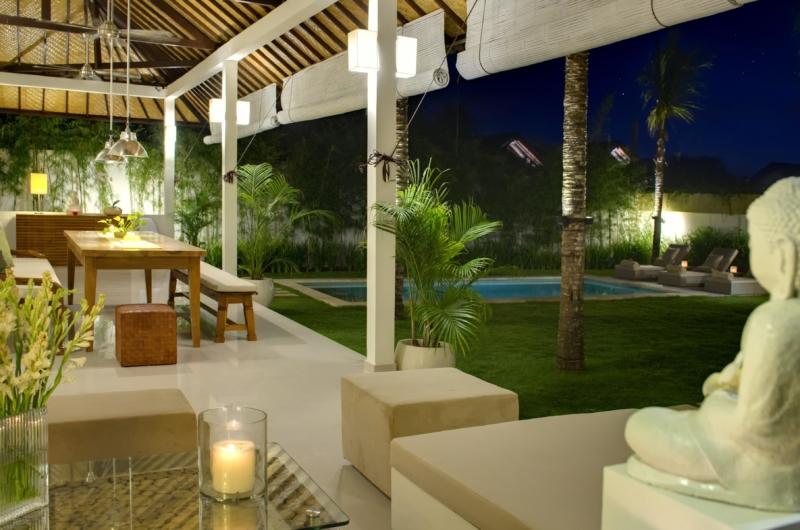 Outdoor Area - Sahana Villas - Seminyak, Bali