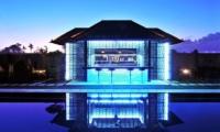 Pool Side Bar Counter - Samudra Raya Villa - Kerobokan, Bali
