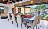 Dining Area with Garden View - Samudra Raya Villa - Kerobokan, Bali