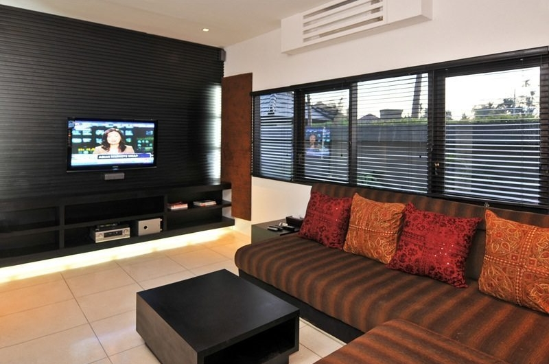 Lounge Area with TV - Samudra Raya Villa - Kerobokan, Bali