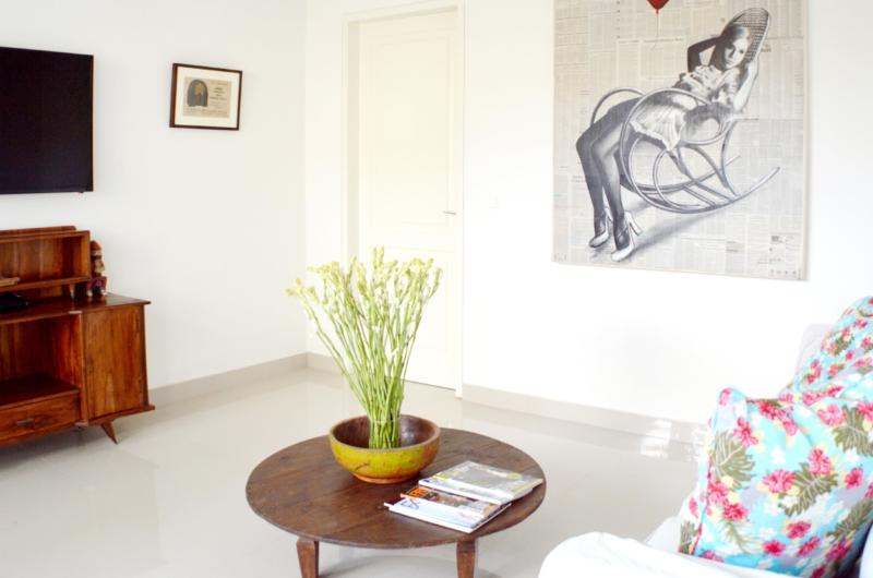TV Room - Santai Villa - Batubelig, Bali