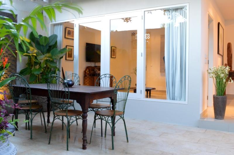 Open Plan Dining Area - Santai Villa - Batubelig, Bali