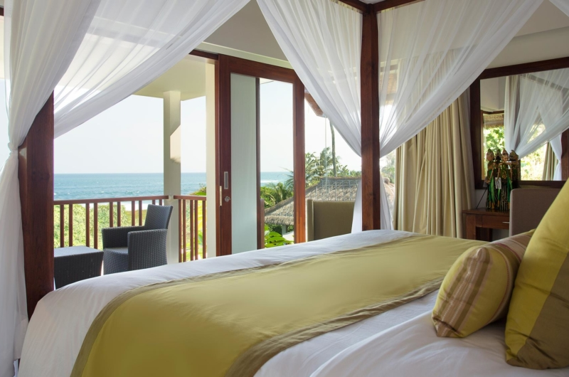 Bedroom with Sea View - Seseh Beach Villa 1 - Seseh, Bali