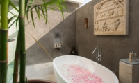 Romantic Bathtub Set Up - Seseh Beach Villas - Seseh, Bali