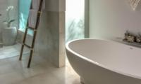 Bathroom with Bathtub - Seseh Beach Villa 2 - Seseh, Bali