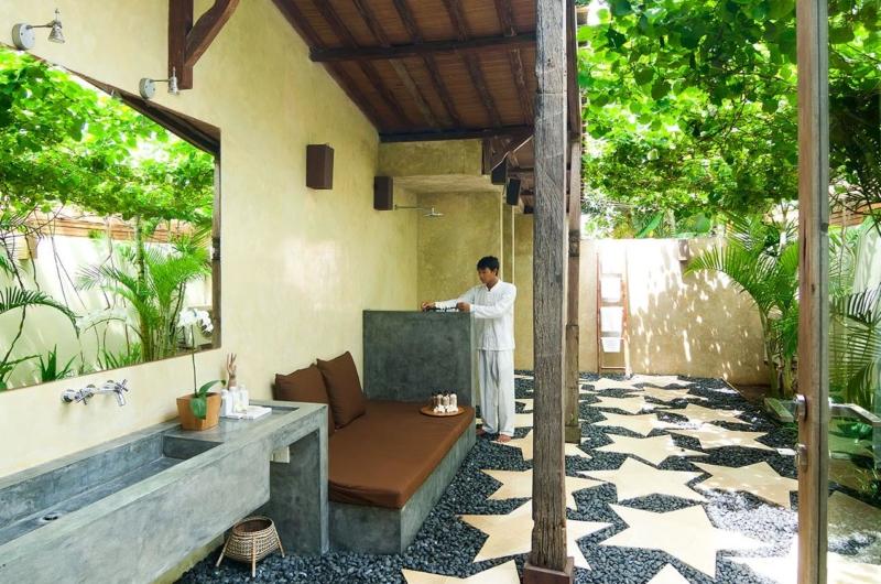 Semi Open Bathroom - Shalima Cantik - Seseh, Bali