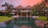 Gardens and Pool - Shalima Makanda - Seseh, Bali