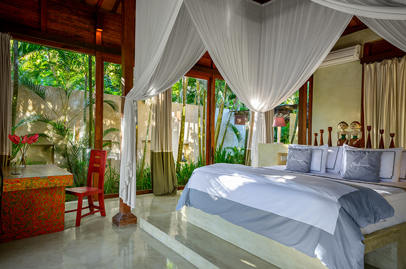 Bedroom with Study Table - Shalimar Cantik - Seseh, Bali