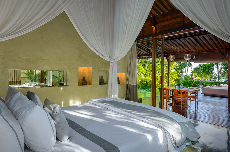 Bedroom with Pool View - Shalimar Cantik - Seseh, Bali